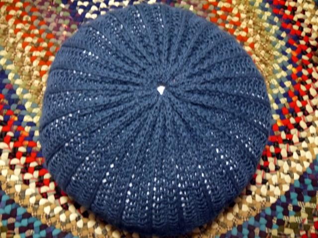 knittedstool